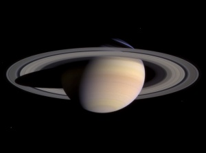 Saturn-cassini-March-27-2004