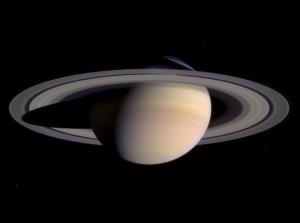 Saturn-cassini-March-27-2004